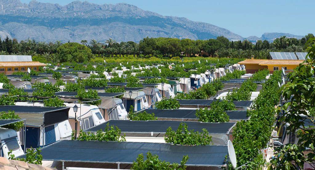 Camping villamar tu camping en benidorm for Camping con piscina climatizada