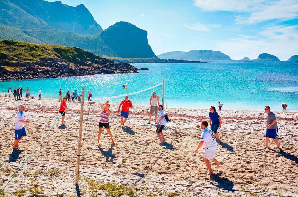 Jugar en un camping en la playa o en la piscina