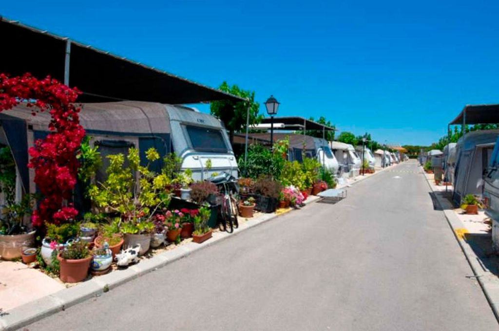 Long-stay plot hire offer at Villamar Campsite
